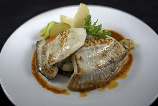 Restaurante el Gamonal - Plato de dorada